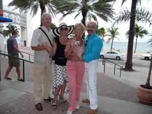 Лариса Мондрус, Эгиль, Аэлита и Джек Нейхаузен на набережной Майами