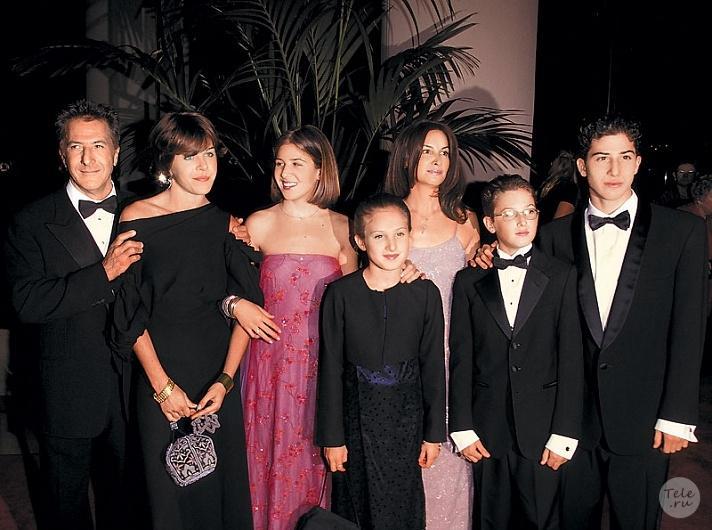 С женой Лизой Готтсеген и детьми