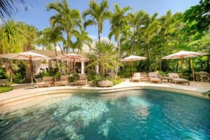 Джеймс Бонд лишился дома во Флориде