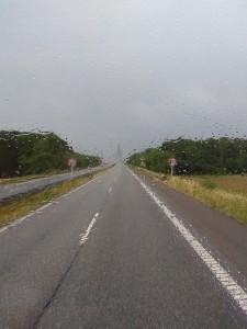 Вот – дождливая дорога в Дании.