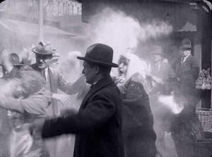 Если еврей попытается тайком остаться в городе, его ждет смерть.