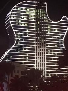 Гитара в полтора миллиарда долларов!